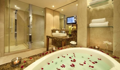 3 luxury-hotel-bathroom-bahrain-from-gulf