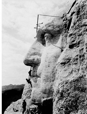 mount-rushmore-carving