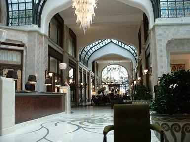 4 four-seasons-hotel-gresham