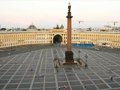 palace-square-saint-petersburg