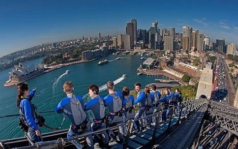بالا رفتن از پل بندر سیدنی