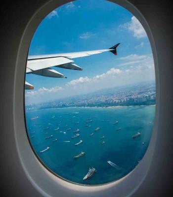 پنجره ی هواپیما