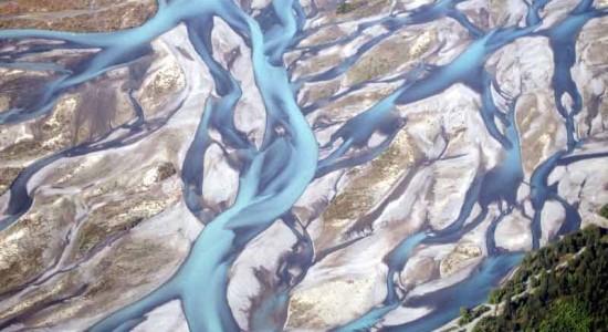 رودخانه های بافته