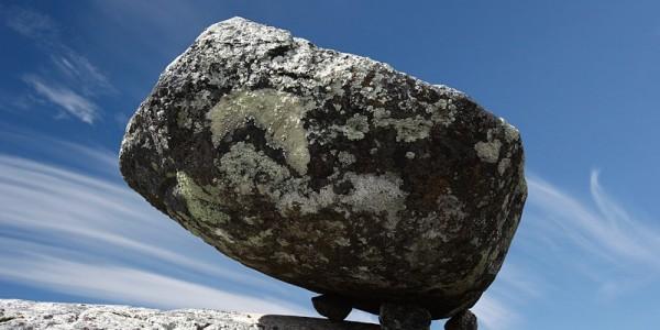 کوه وتووارا