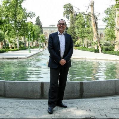 رئیس موزه لوور