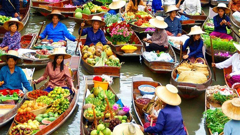 بازارهای رنگارنگ روی آب