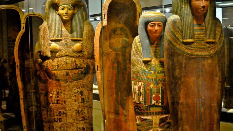 آثار از مصر باستان در لوور