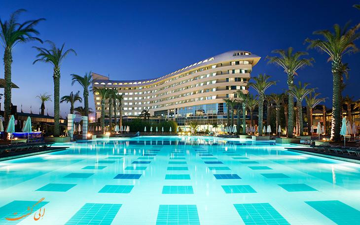 هتل بورات