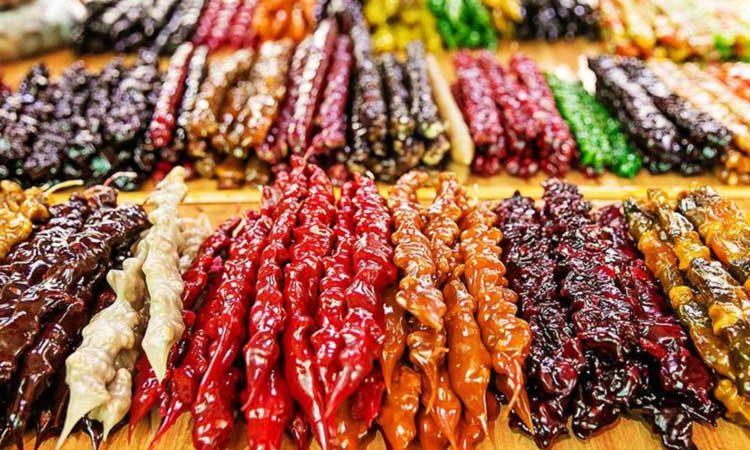 خوراکی های رنگارنگ