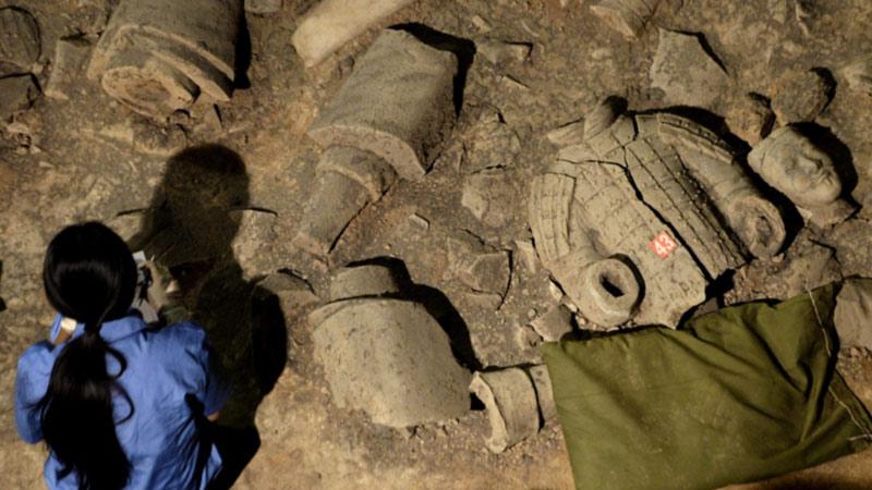 باستان شناسان