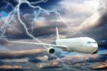 سفر با هواپیما در هوای طوفانی امن است؟