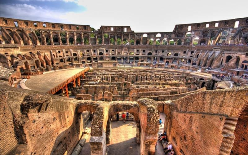 نتیجه تصویری برای کولوسئوم یا همان تئاتر روم باستان