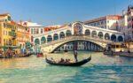صنعت گردشگری ایتالیا مثل ساعت دارد کار میکند