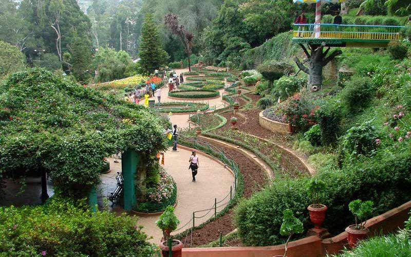 باغ زیبای گیاه شناسی