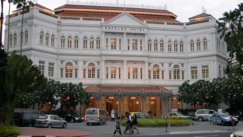 raffles hotel frontage