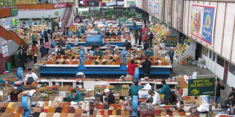 about-almaty-the-green-bazaar