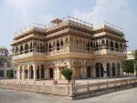 شهر جیپور با کاخ هایی که در دلش می درخشد