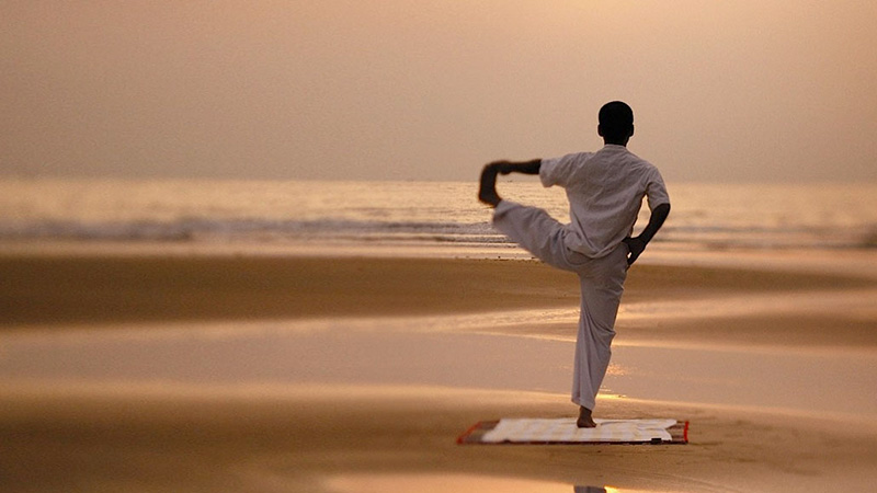 travel to goa and yoga