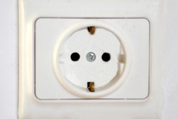220-volt-outlet