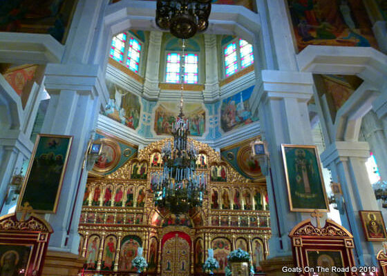 inside-the-stunning-zenkov-cathedral