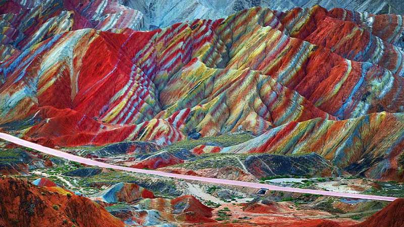 کوه های رنگین کمانی در چین
