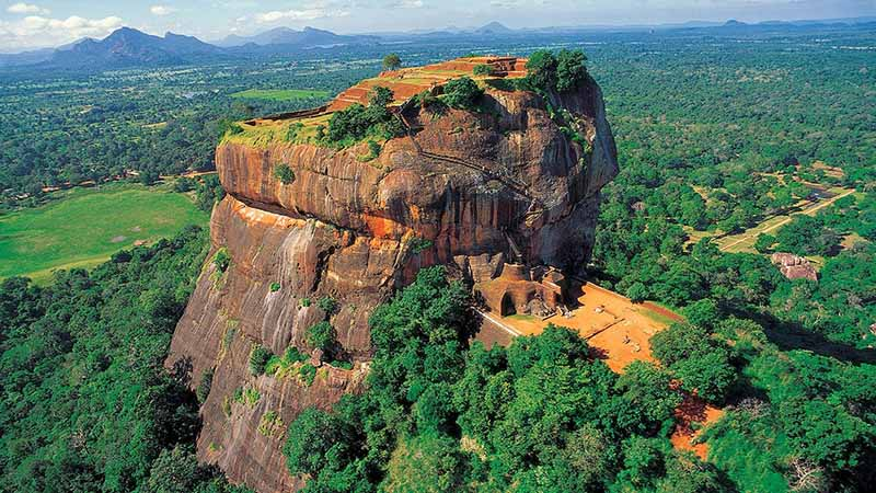 sigiriya rock in siri lanka