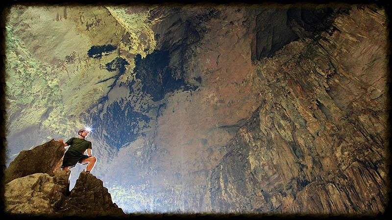 غار تالار ساراواک
