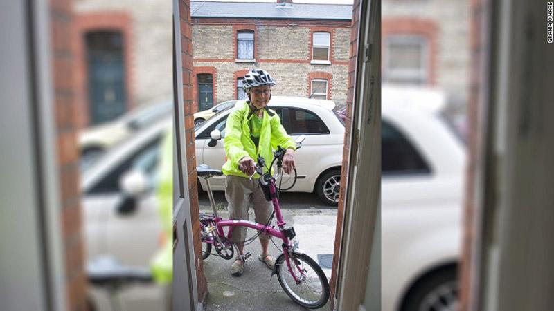 اتل مک دونالد و دوچرخه اش