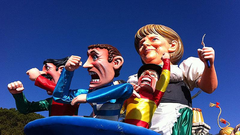 مجسمه های غول پیکر در فستیوال نیس