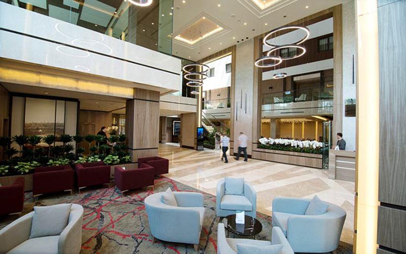 هتل 4 ستاره گلدن هورن