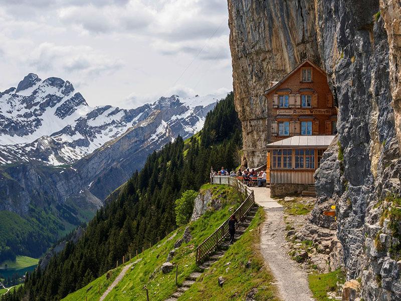 هتل Äscher Cliff