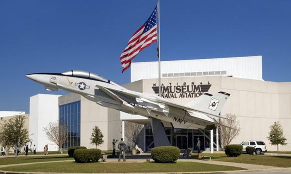 موزه ملی صنایع هوایی در نیروی دریایی فلوریدا