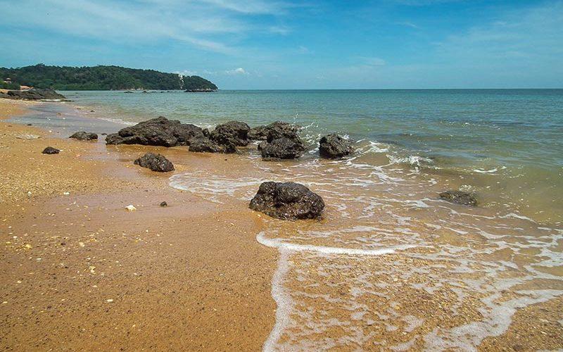 ساحل پنتای تانجونگ گموک