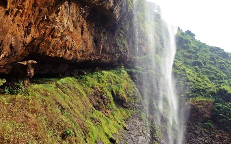 آبشار زیبای هند