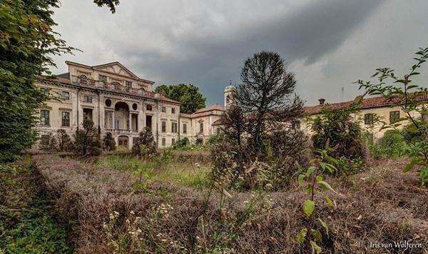 قلعه ای قدیمی در ایتالیا