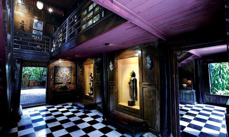 نمایی از داخل خانه جیم تامپسون در تایلند
