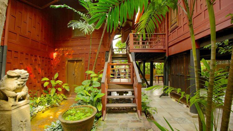 ورودی خانه جیم تامپسون در تایلند