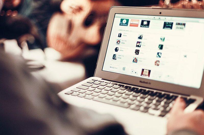 ممنوعیت حمل لپ تاپ به آمریکا