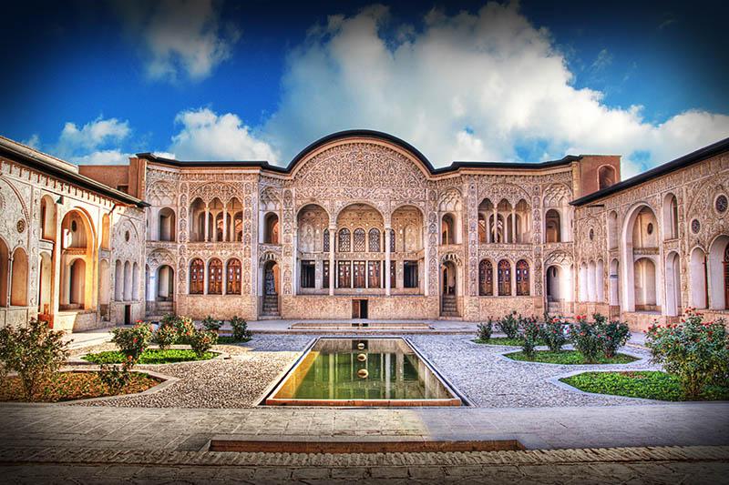 Image result for عکس ازخانههای تاریخی کاشان