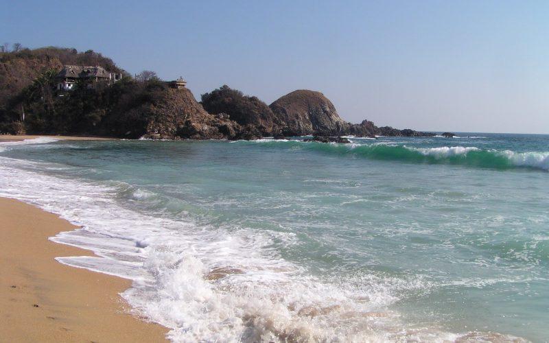 ساحل Playa zipolite