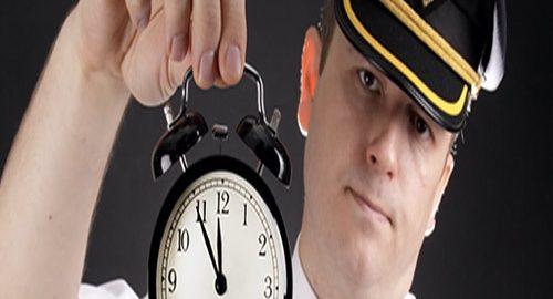 مقدار کار هر خلبان در روز
