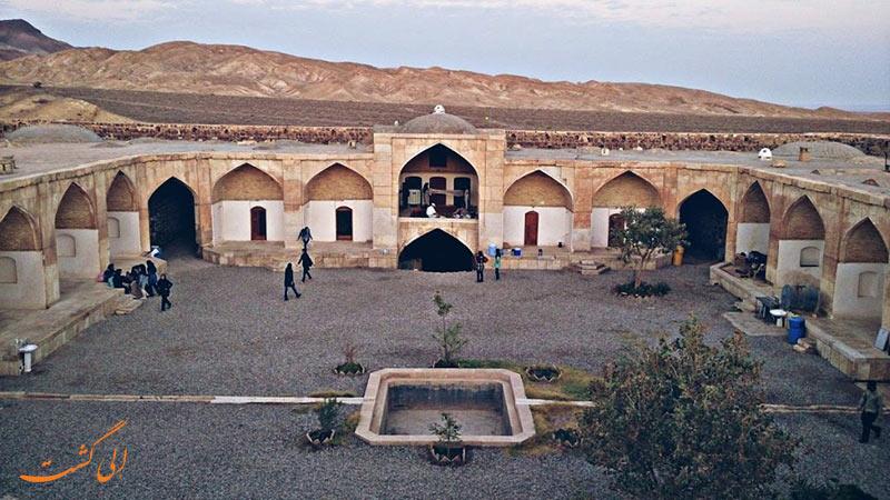 حوض کاروانسرای قصر بهرام