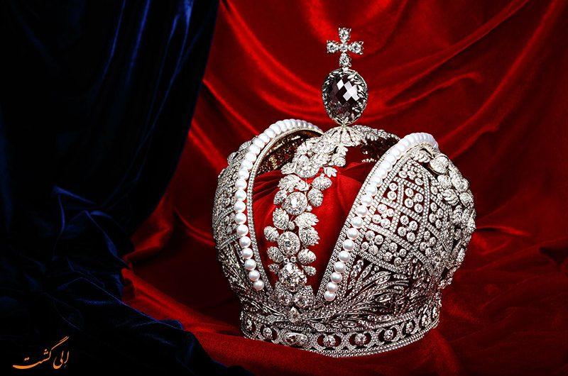 تاج پادشاهی روسیه در موزه