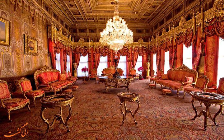کاخ دلما باغچه