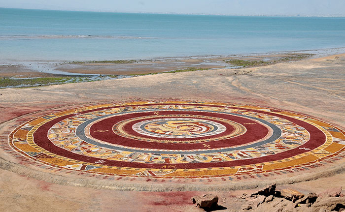 نقاشی با خاک رنگی جزیره هرمز