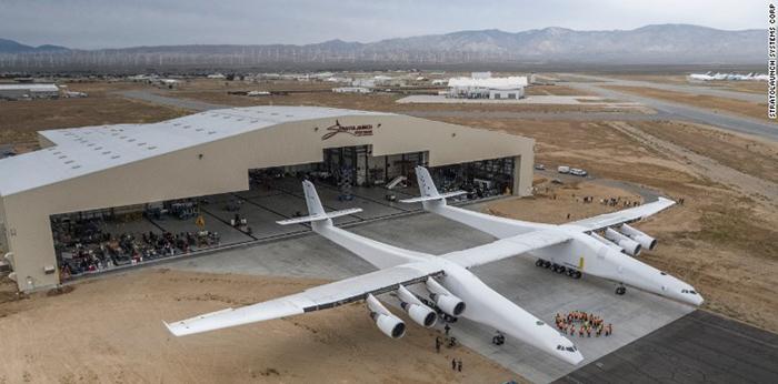بزرگ ترین هواپیمای دوقلو
