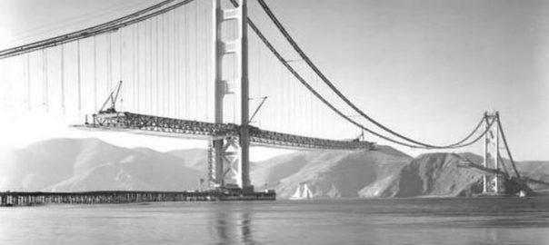 پل گلدن گیت در حال ساخت (1937)