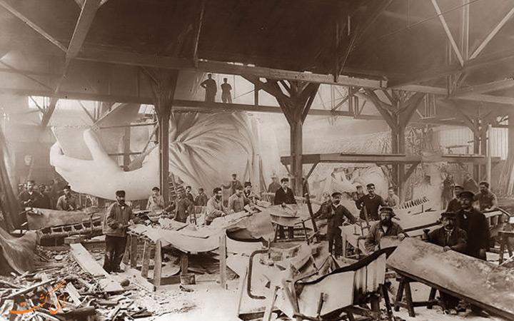 ساخت مجسمه آزادی (1884)