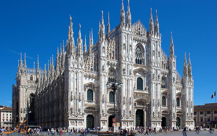 بناهای زیبا با معماری گوتیک
