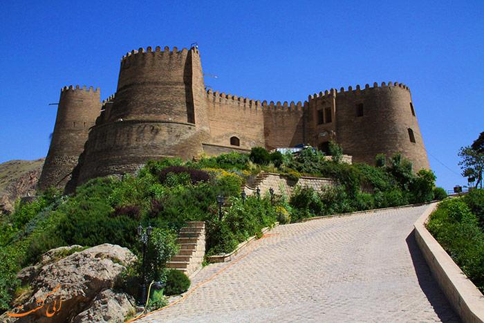 قلعه های معروف ایران | قلعه فلک الافلاک